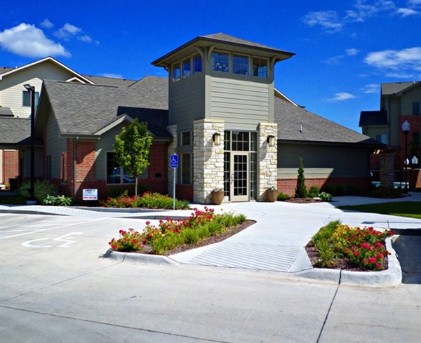 bennington place apartments west wichita
